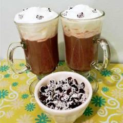 winter-party-ideas-snow-cap-cocktail-recipe