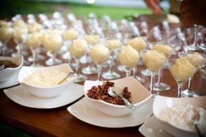 35-awesome-wedding-food-bar-ideas-for-any-taste-23