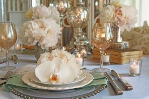 french-vintage-wedding-plate-peony-aileen-tran